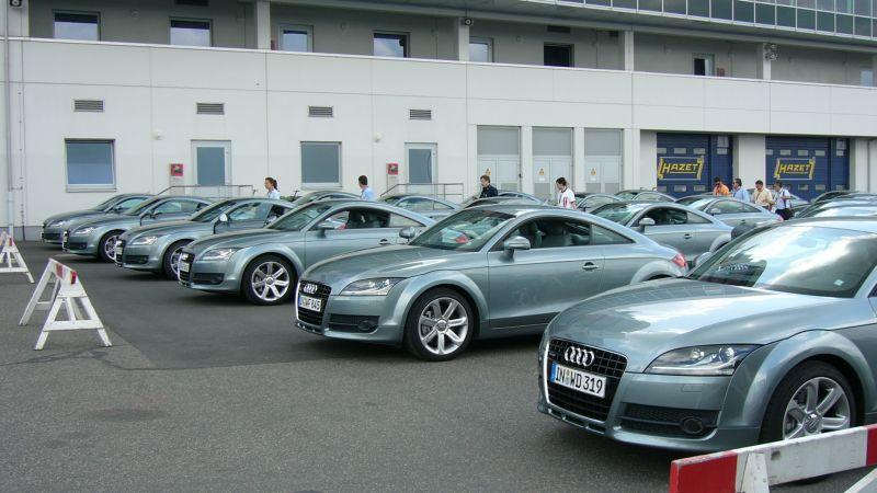 http://kingpool.mailer.ee/tqhq/Porsche%20trip/P1030613.jpg